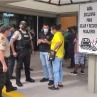 Tras asaltos en exteriores de bancos, se autoriza 100% de aforo en agencias bancarias en Guayaquil